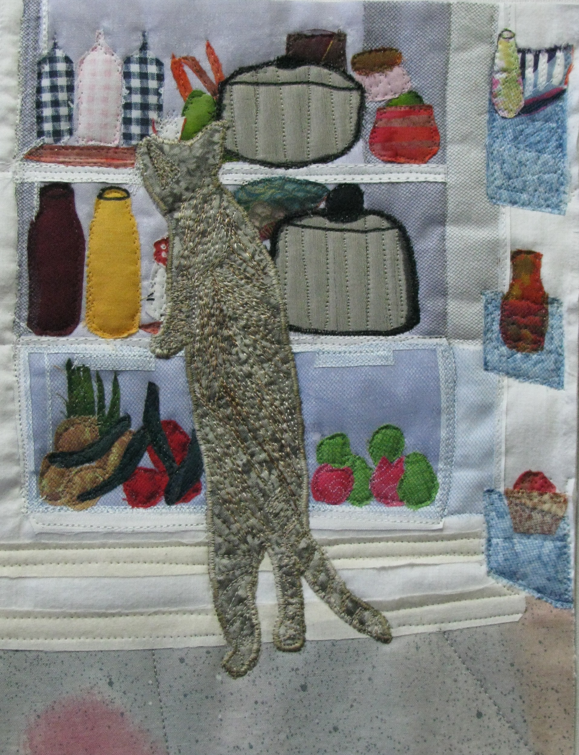 Cat in fridge (quilted)