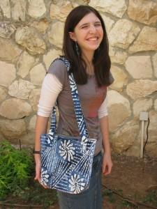 Danielle modelling shoulder bag