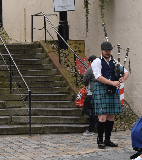 Photo 2 for Musical Scot
